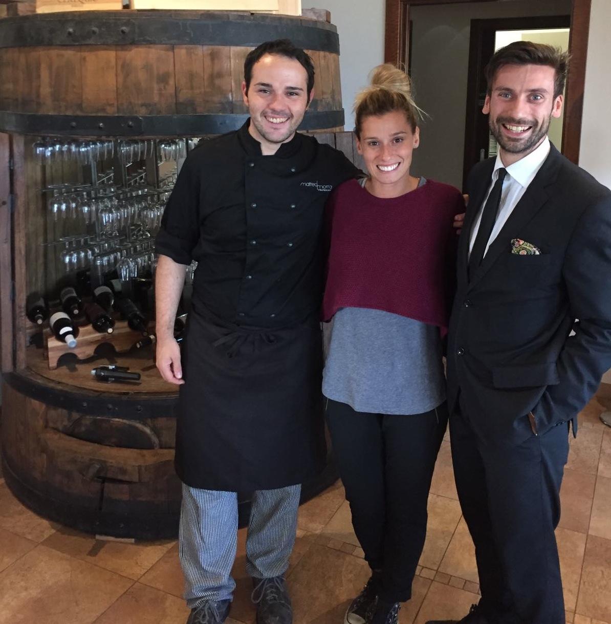 Francesca Dallapè al Matteo Morra Restaurant nella cantina Sylla Sebaste insieme allo chef Matteo Morra ed al maitre Andrea Stupia